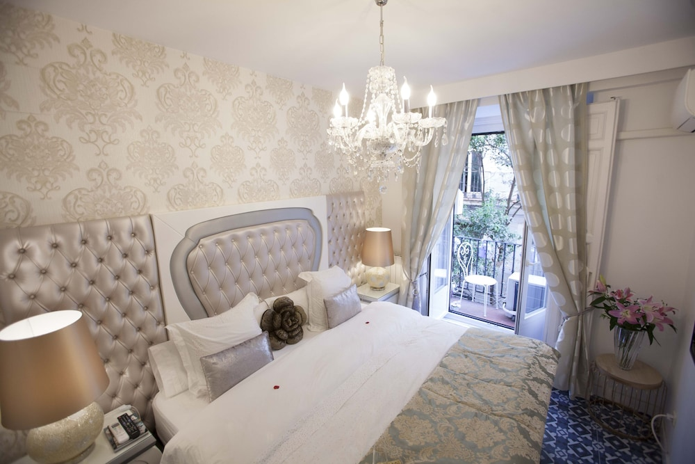 Hostal Boutique Palace Adults Only