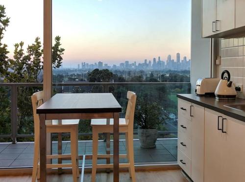 Best View St Kilda 1 Br Spectacular Sunset Hideaway
