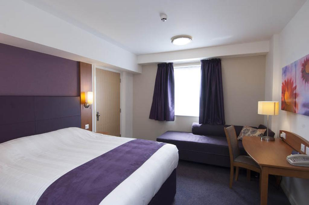 Gallery image of Premier Inn Birmingham City Centre Waterloo Street