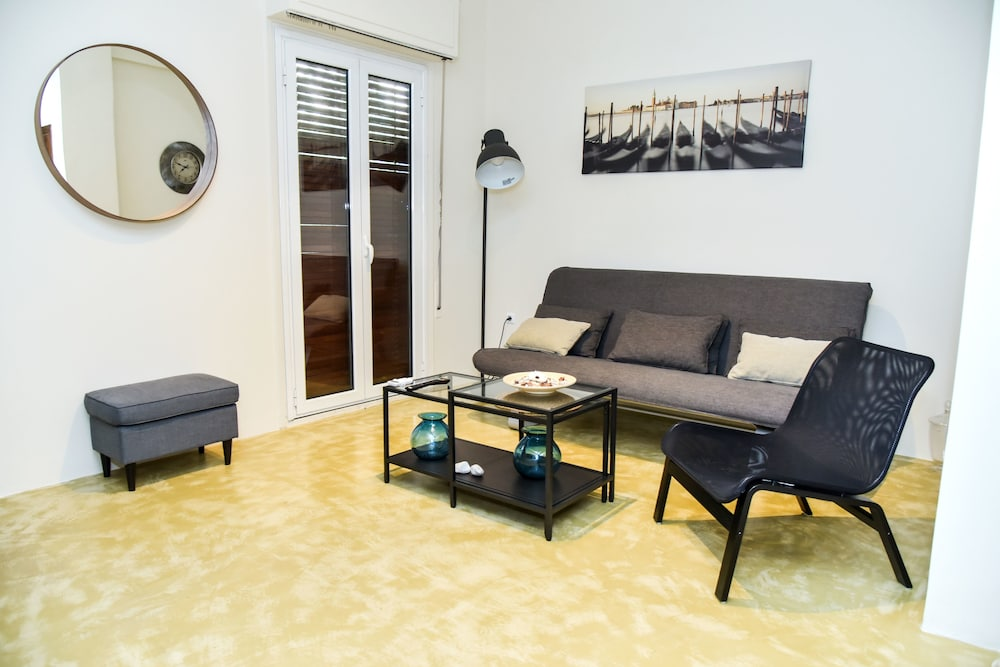 Brand new Modern Flat in Central Athens