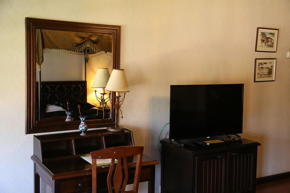 Gallery image of Otantik Club Hotel