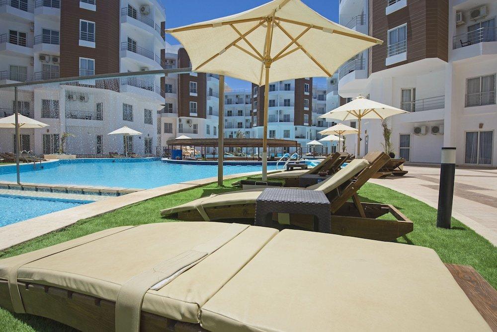 1 Bedroom Apartment in Aqua Palm Resort