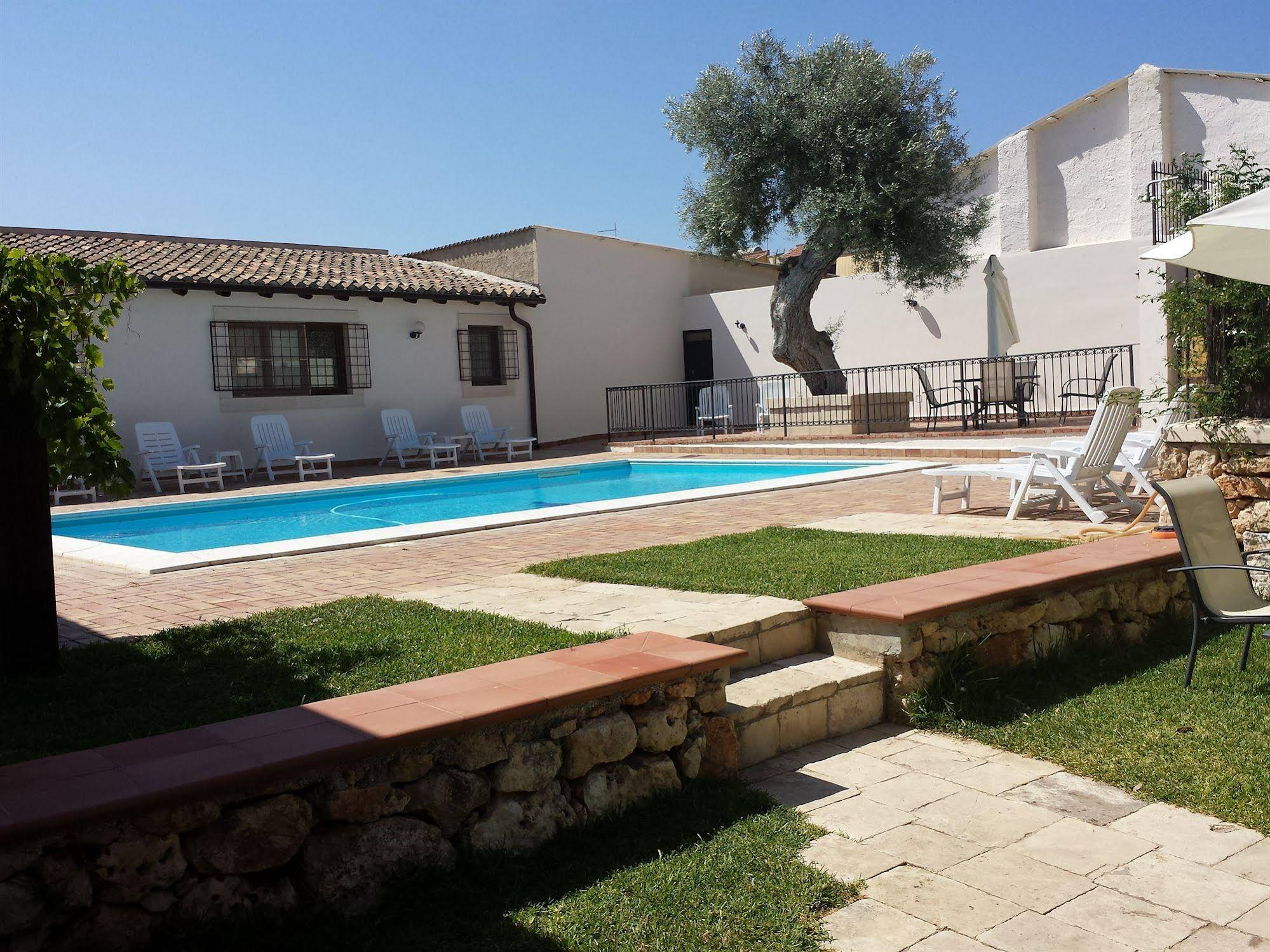 Le Residenze Di Archimede Foto hotels solarino italy - hotels in solarino - hotels booking