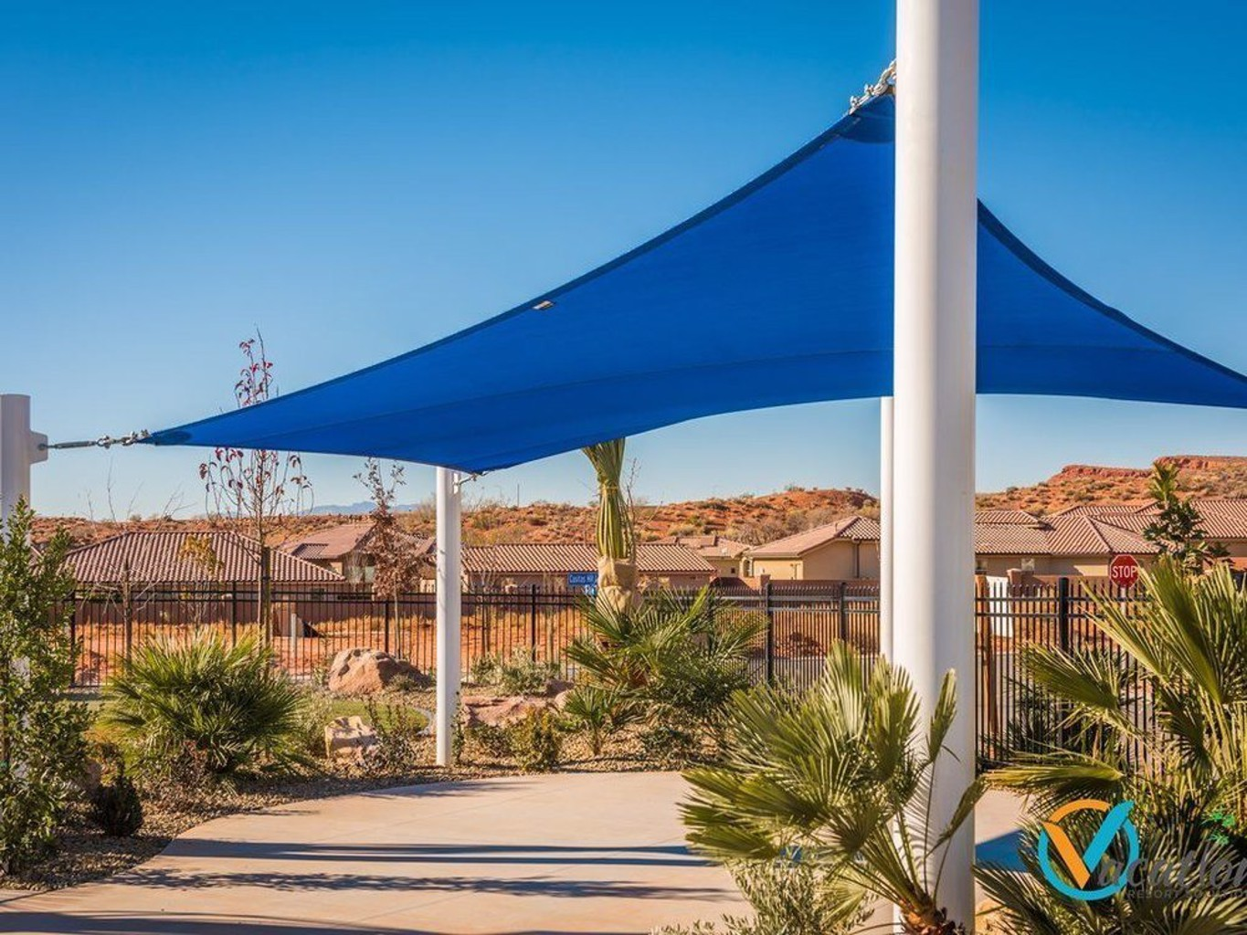 Sunny Escape At The Casitas 3 Bedroom Townhouse