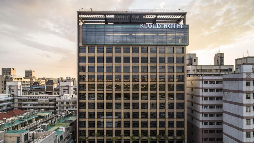 Kloud Hotel