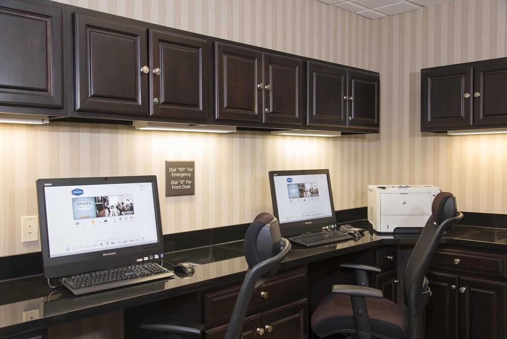Gallery image of Hampton Inn & Suites Danville