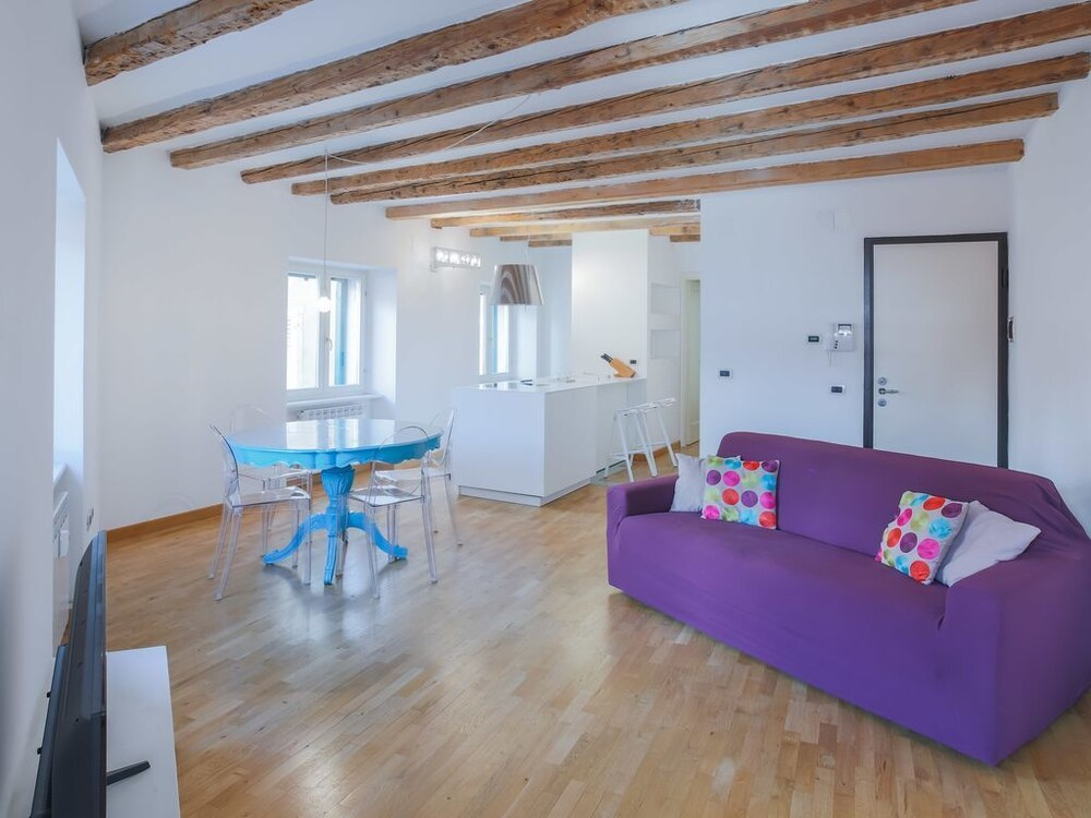 Cavazzeni Atelier 2 Bedroom Design