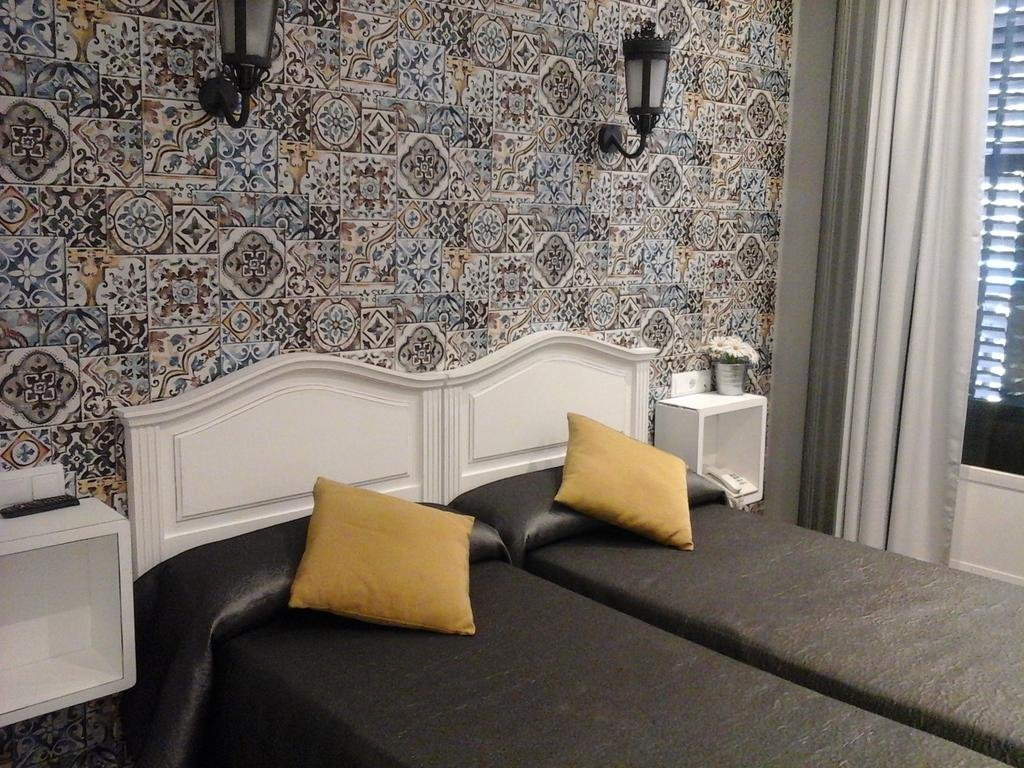 Gallery image of Hostal Don Alfonso
