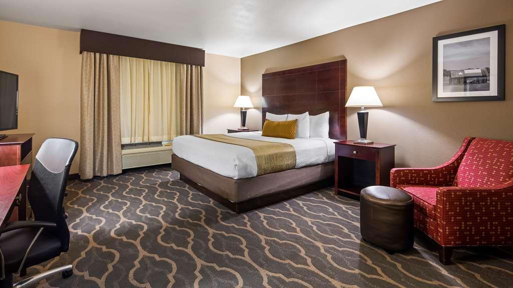Gallery image of Best Western Plus Burleson Inn & Suites