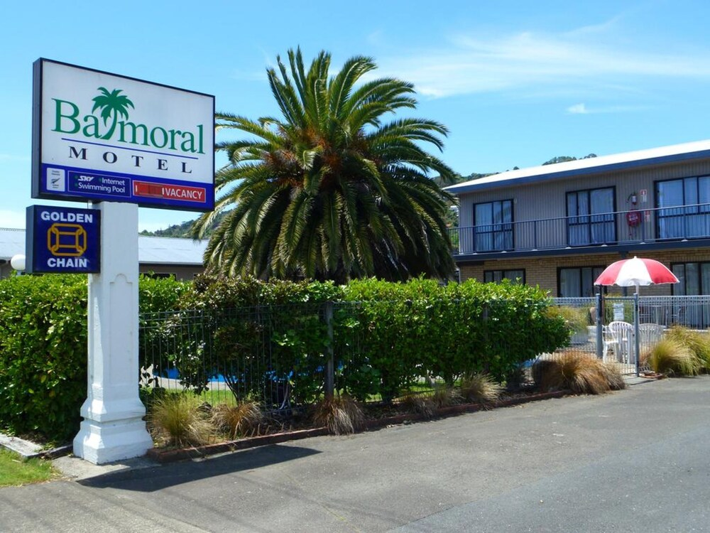 Gallery image of Balmoral Motel