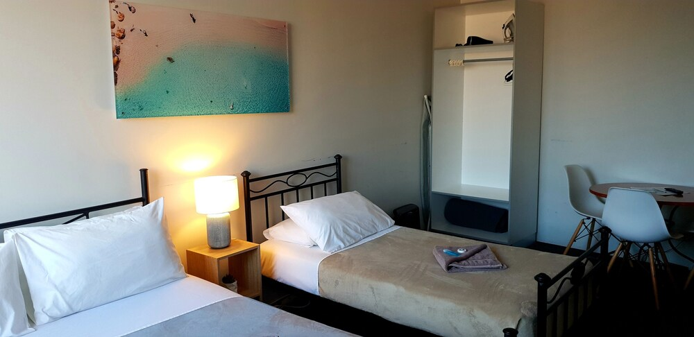 Gallery image of Manly Beachside Apartments
