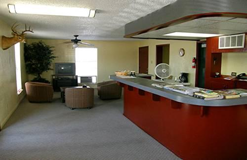 Gallery image of Comfort Executive Inn
