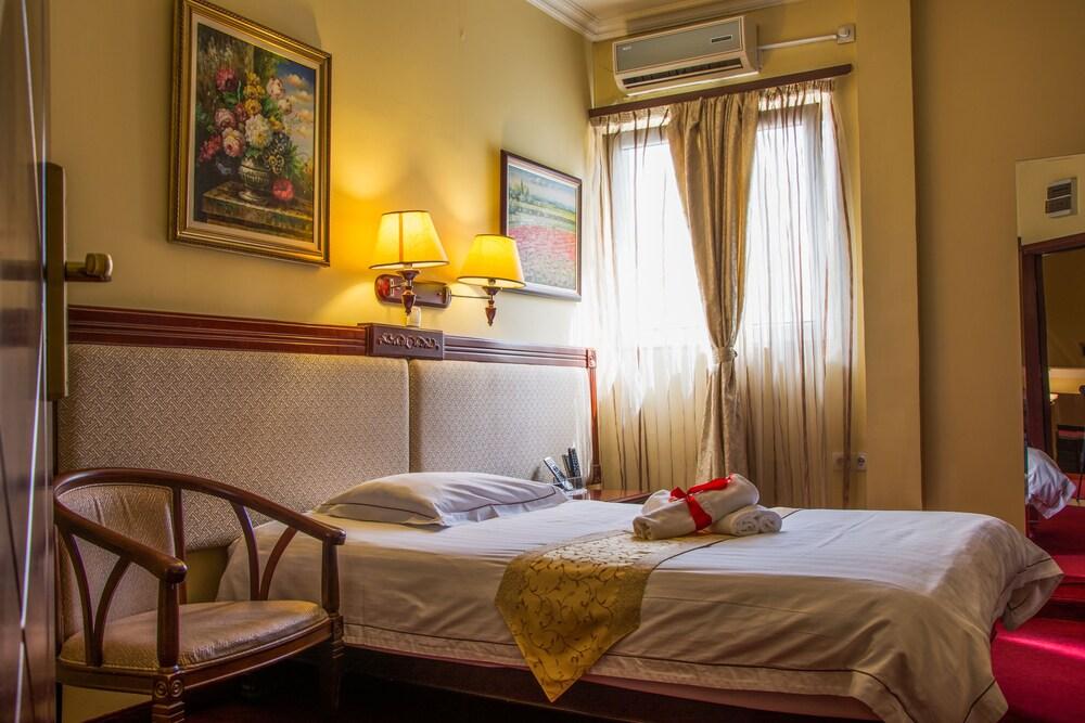 Gallery image of Planeta Inn Hotel