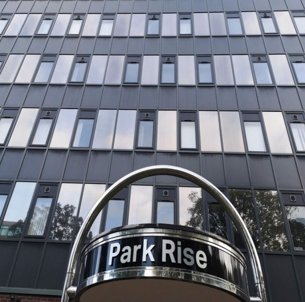 Centauri Apartments in Park Rise