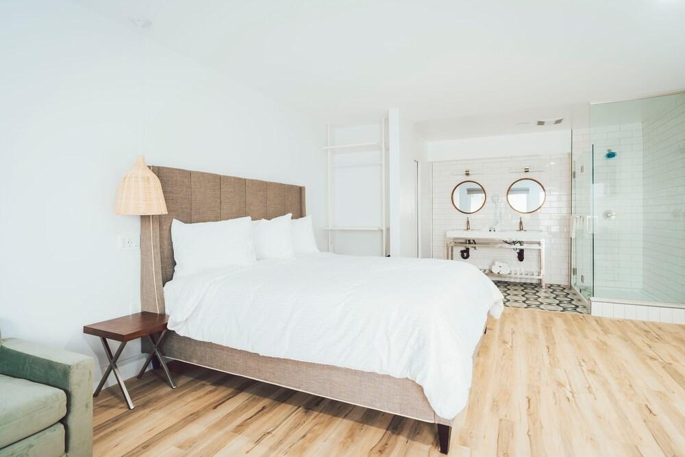 Gallery image of The Belmont Shore Inn