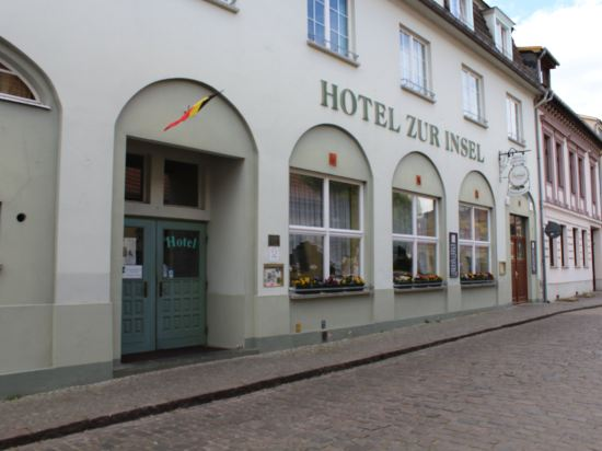 Gallery image of Hotel zur Insel