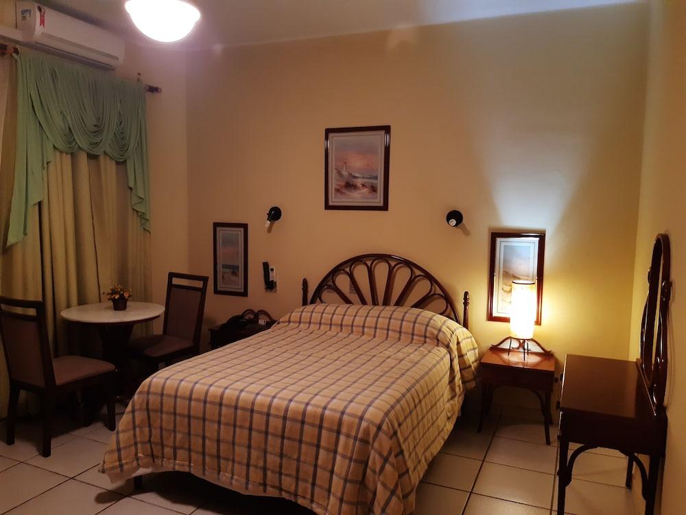 Daher Center Hotel Prático Econômico & Familiar