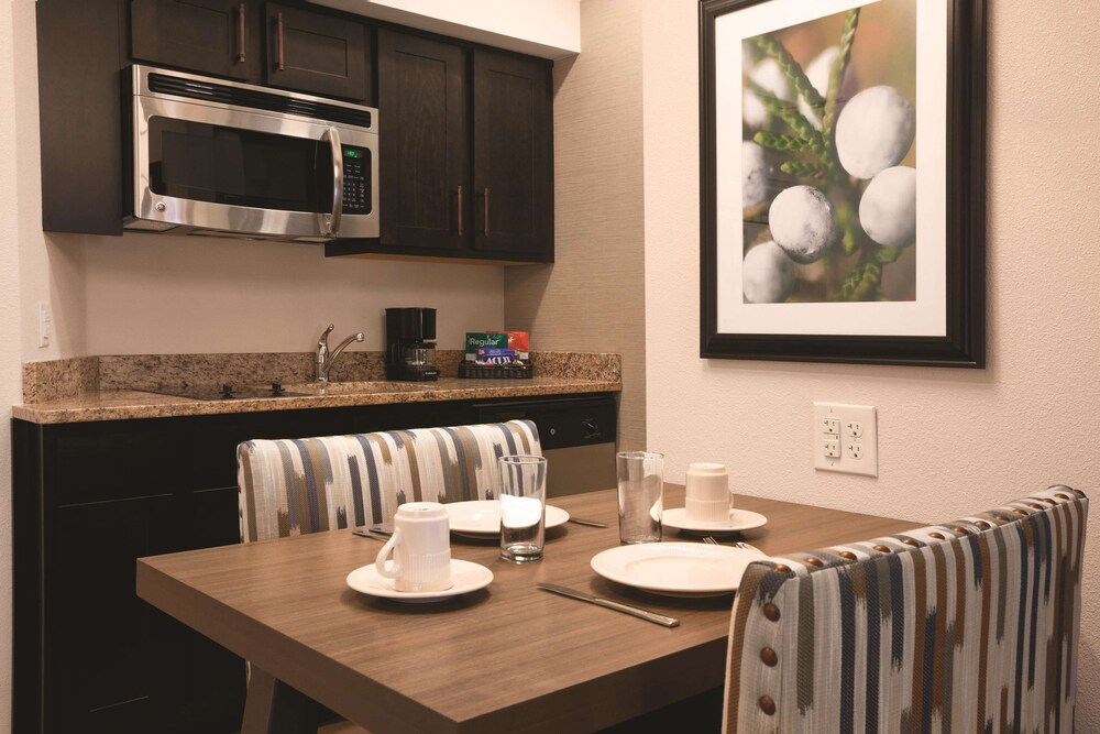 Gallery image of Homewood Suites by Hilton Tucson St. Philip's Plaza Univ