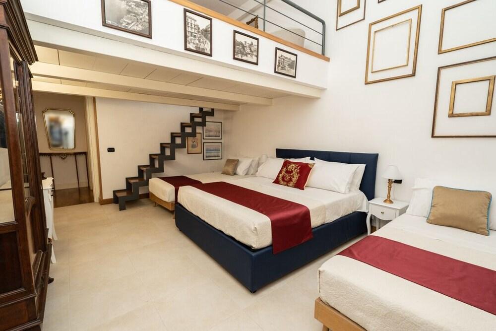 Moon Luxury Rooms & Apartments