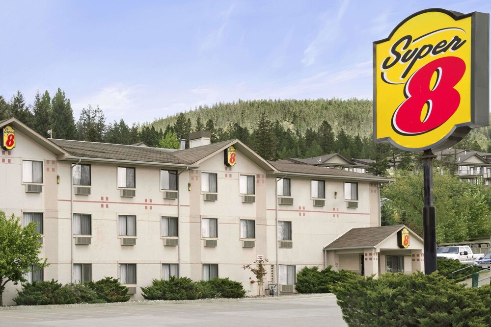 Gallery image of Super 8 by Wyndham Williams Lake BC