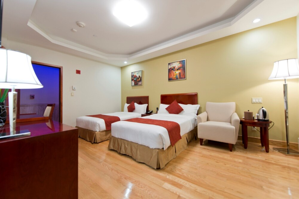 Gallery image of Asiatic Hotel by LaGuardia Airport