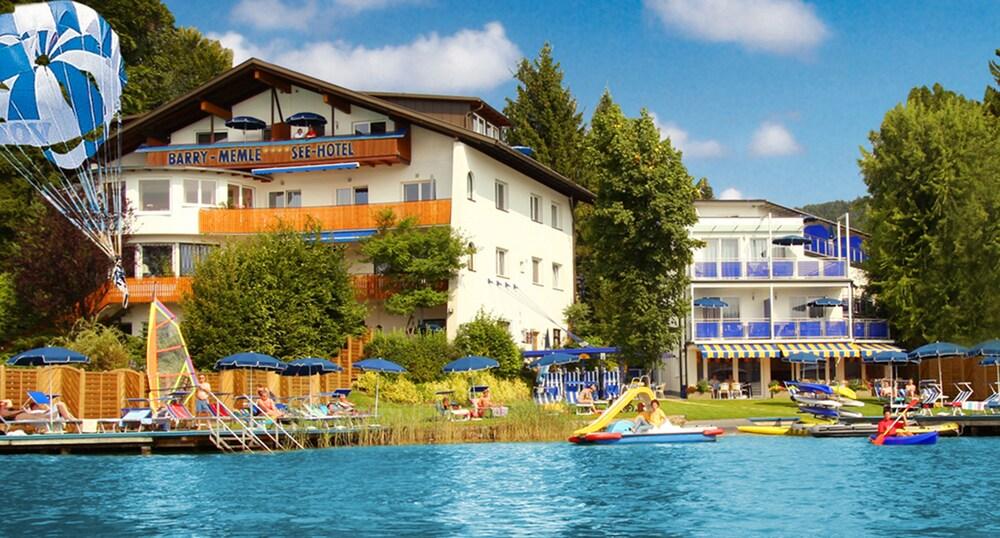 Gallery image of Barry Memle Lake Side Resort