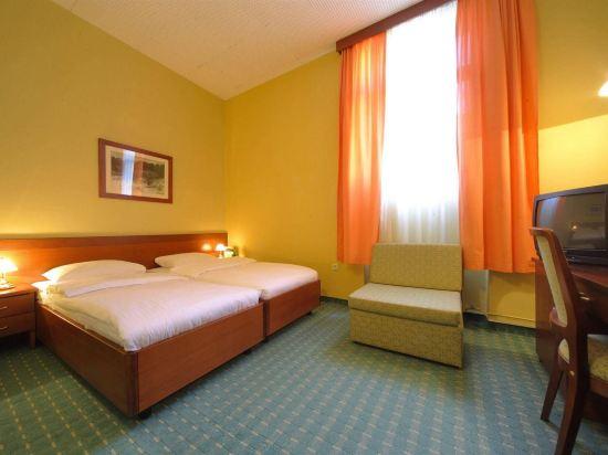 Gallery image of Hotel Central Osijek
