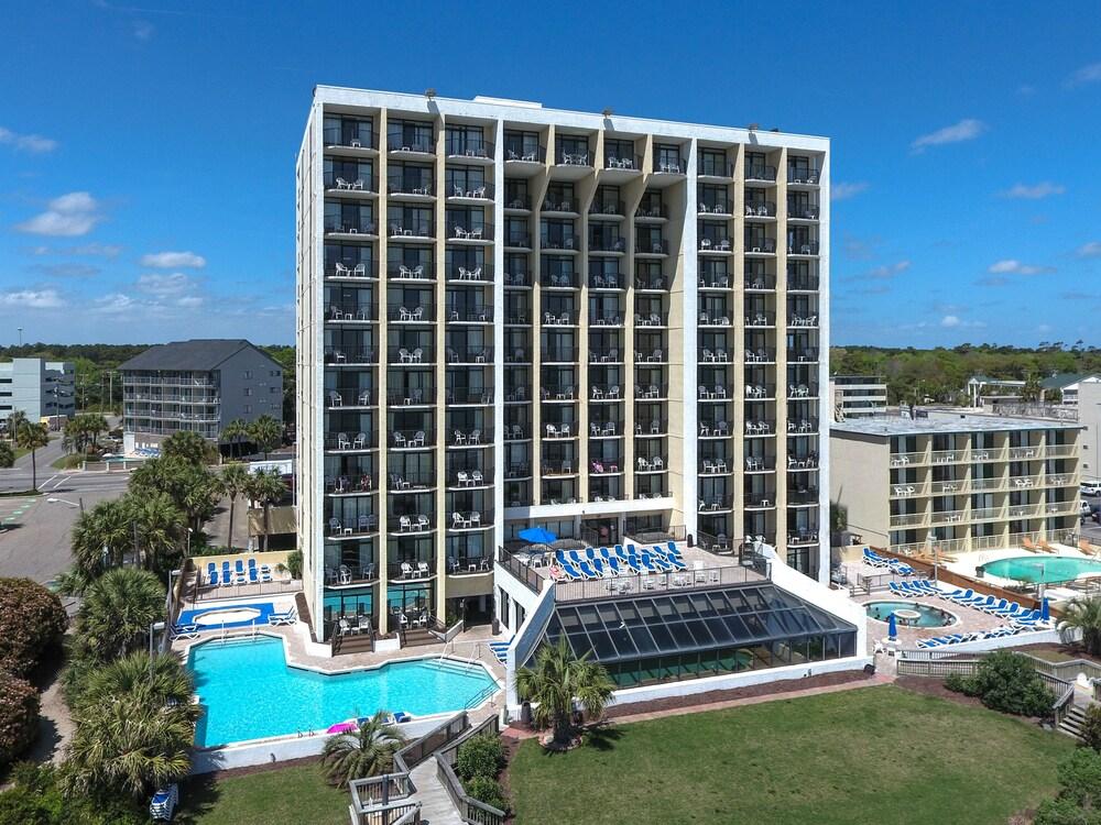 Gallery image of Ocean Park Resort by Oceana Resorts