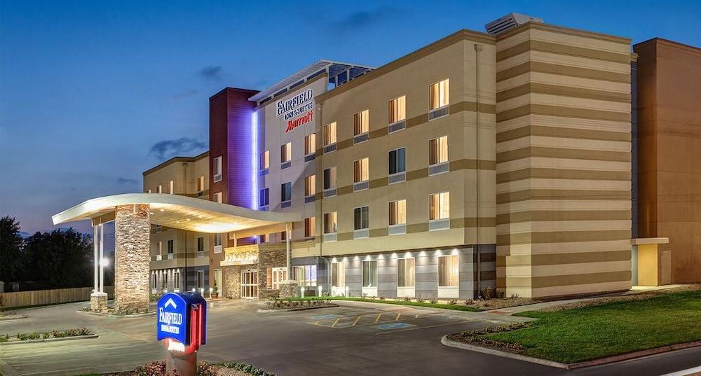 Fairfield Inn & Suites By Marriott Edmonton North