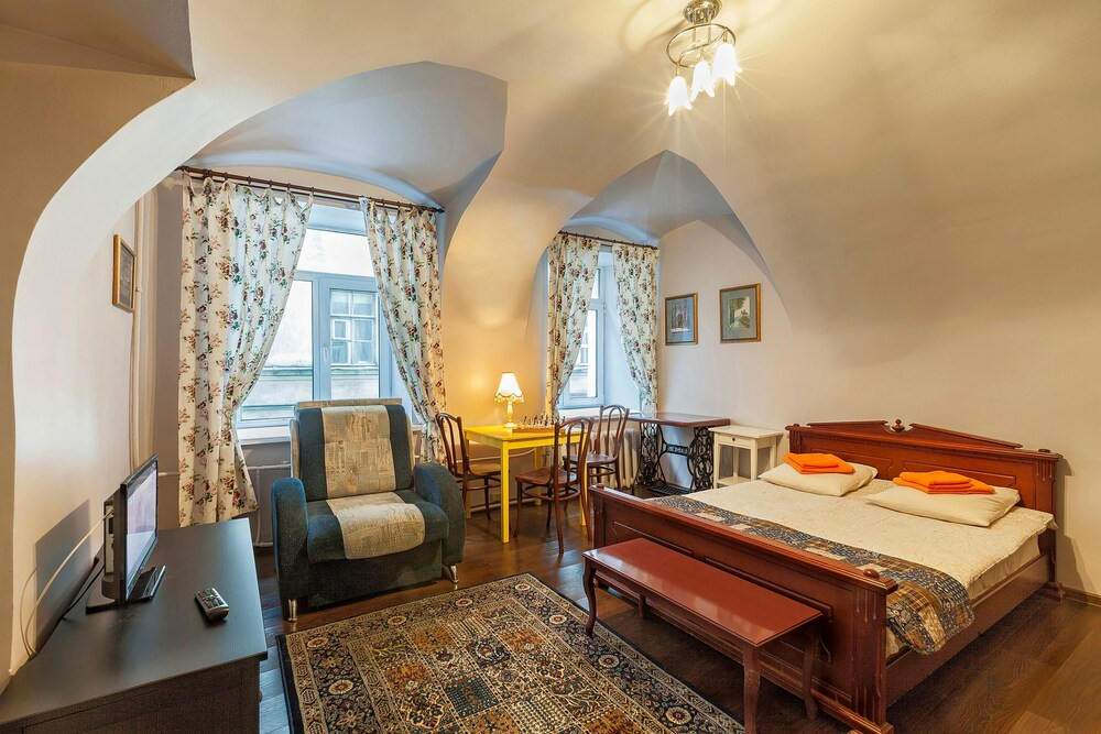 Business apartment on Griboedova 12 13