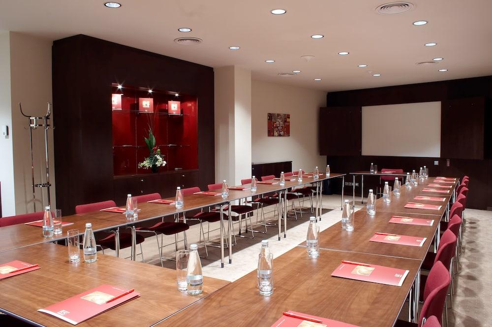 Gallery image of K K Hotel Elisabeta