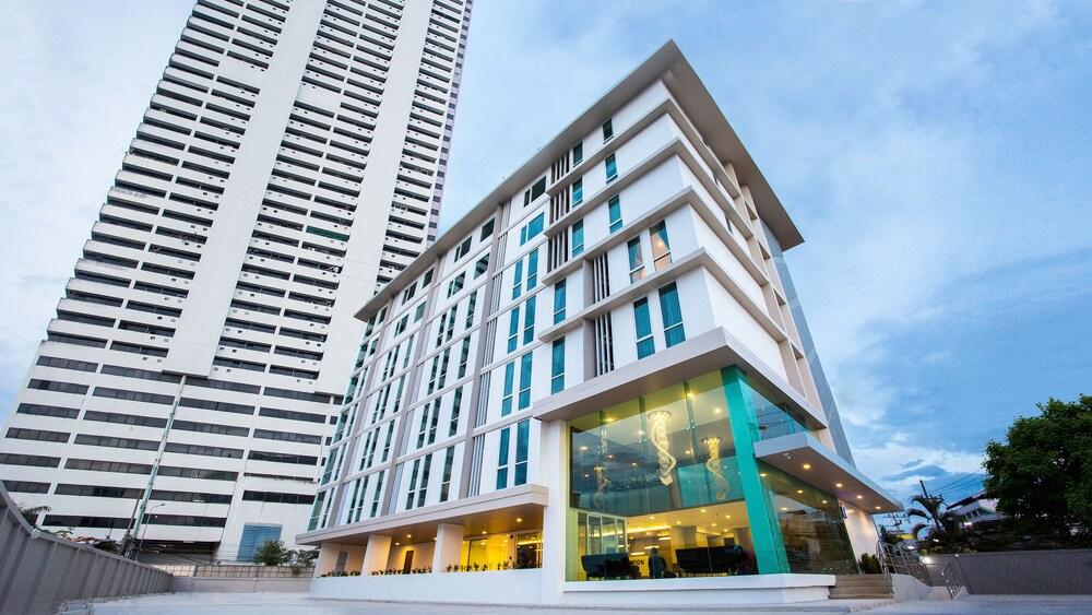 B2 Hat Yai Premier Hotel