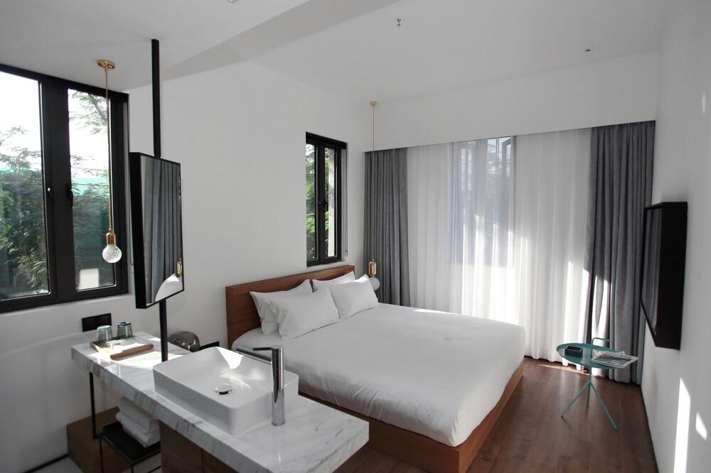 Wu Lan Hotel