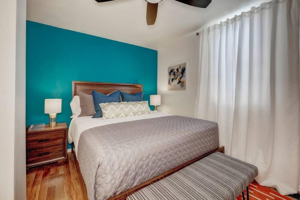 Luxury Denver Apts 8 BDs 4 BAs Great Location