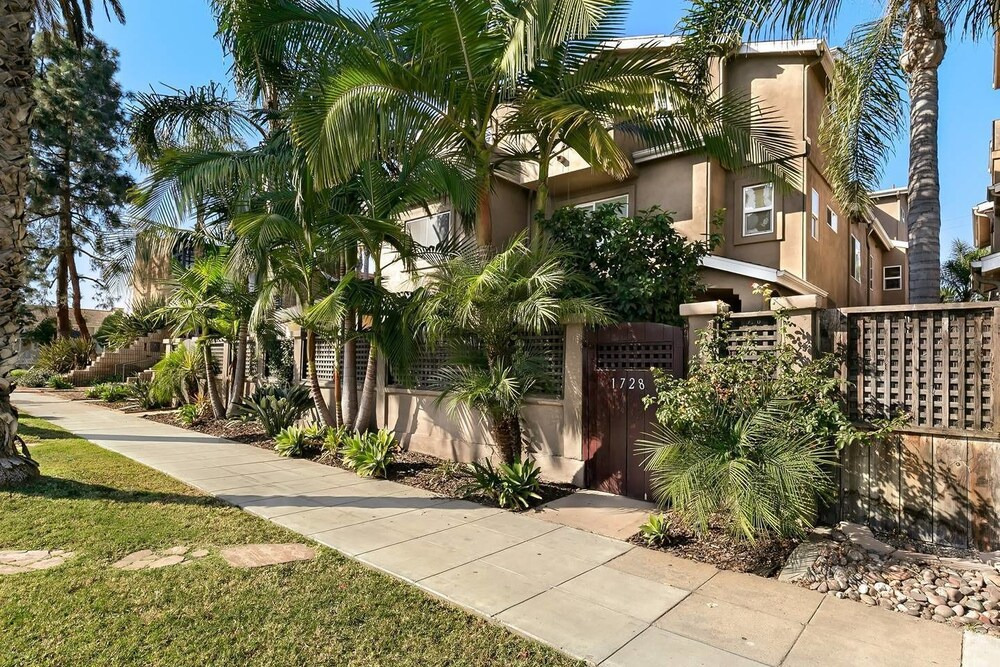 Pacific Beach Haven 3 BR Perfect Location