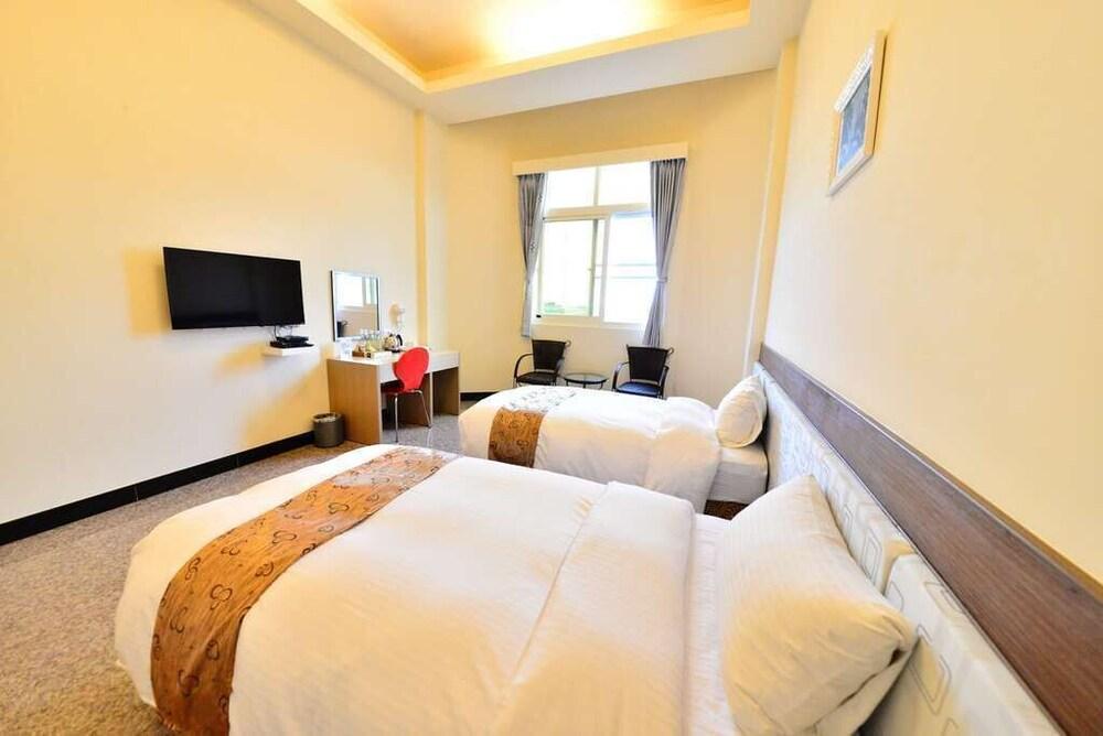 Hu Ye Resort