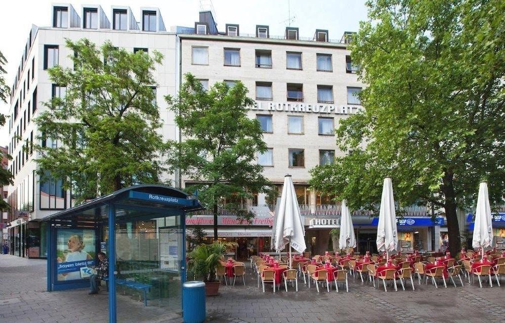 Hotel Rotkreuzplatz