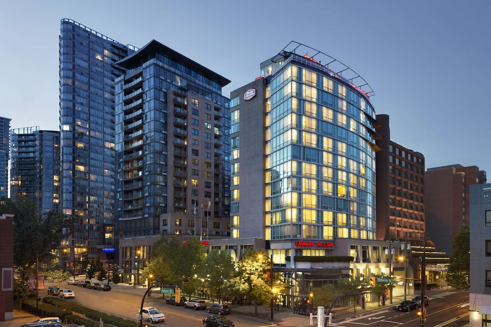 Hampton Inn and Suites by Hilton Downtown Vancouver