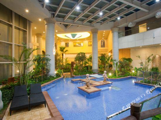 Jimo Xianggen Hot Spring Resort