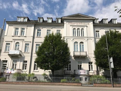 2 Zimmer Appartement am Bismarckplatz Heidelberg