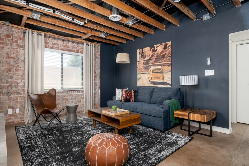 Chic 2BR Townhome by WanderJaunt
