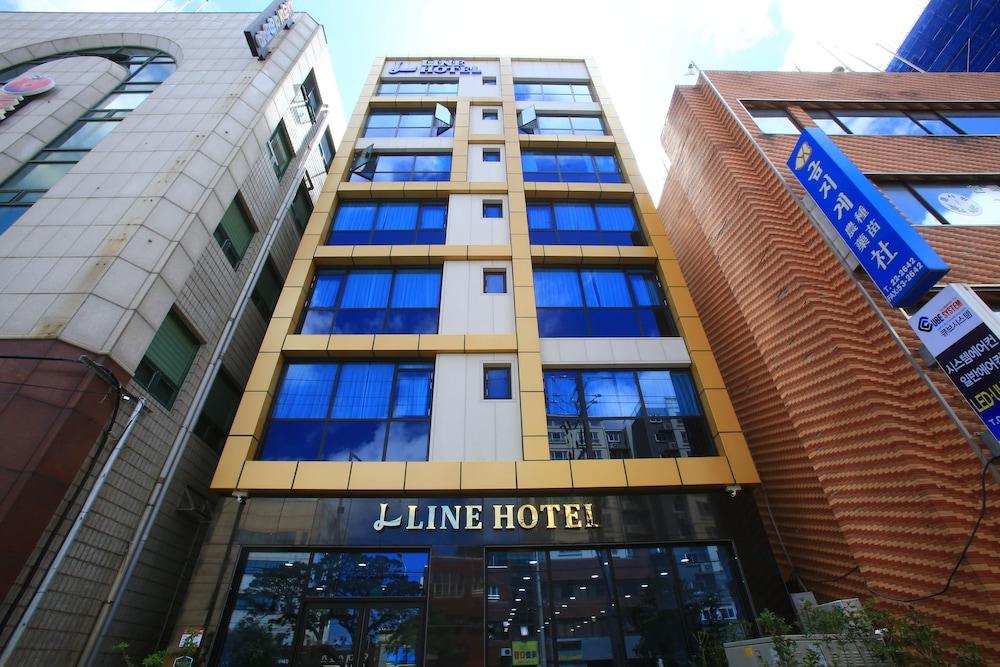 Line Hotel