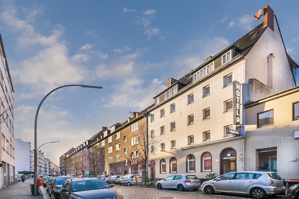 Gallery image of Signature Hotel Astoria Hamburg