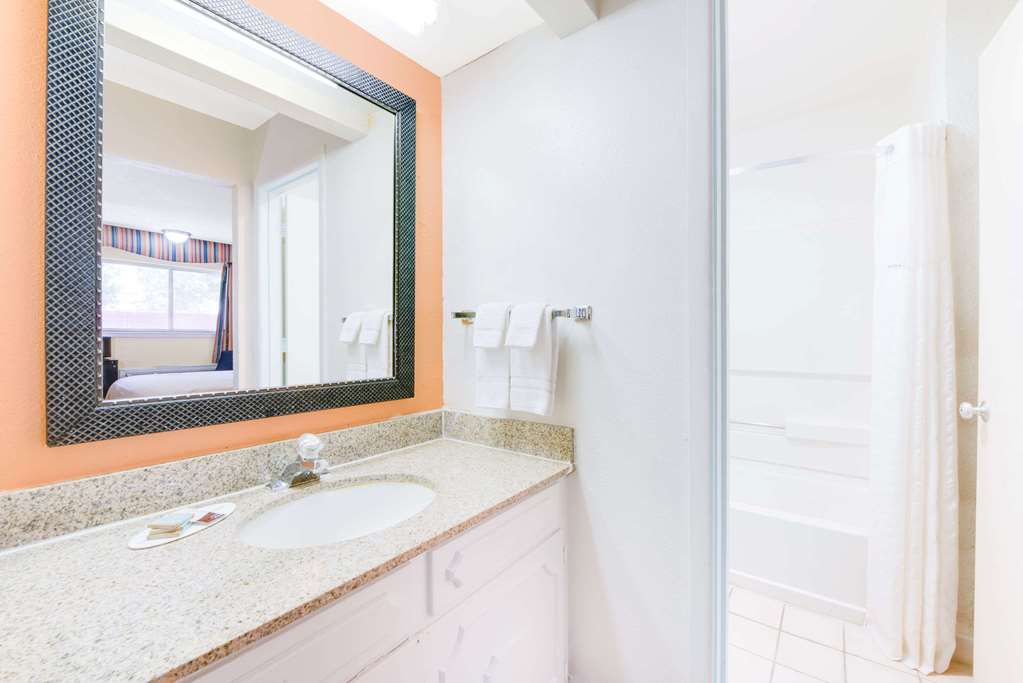Gallery image of Travelodge by Wyndham Ruidoso
