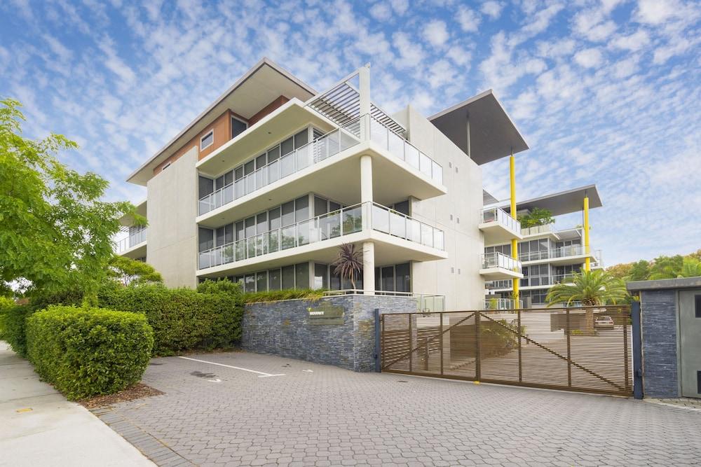 Luxury Modern Double Ensuite Apartment