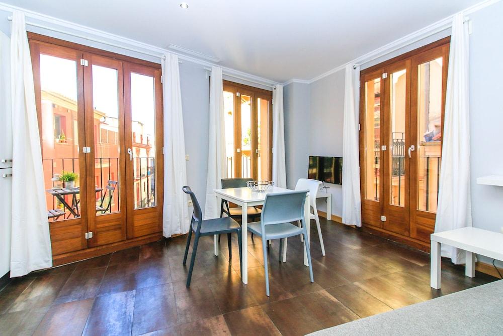 Tramontana Apartments