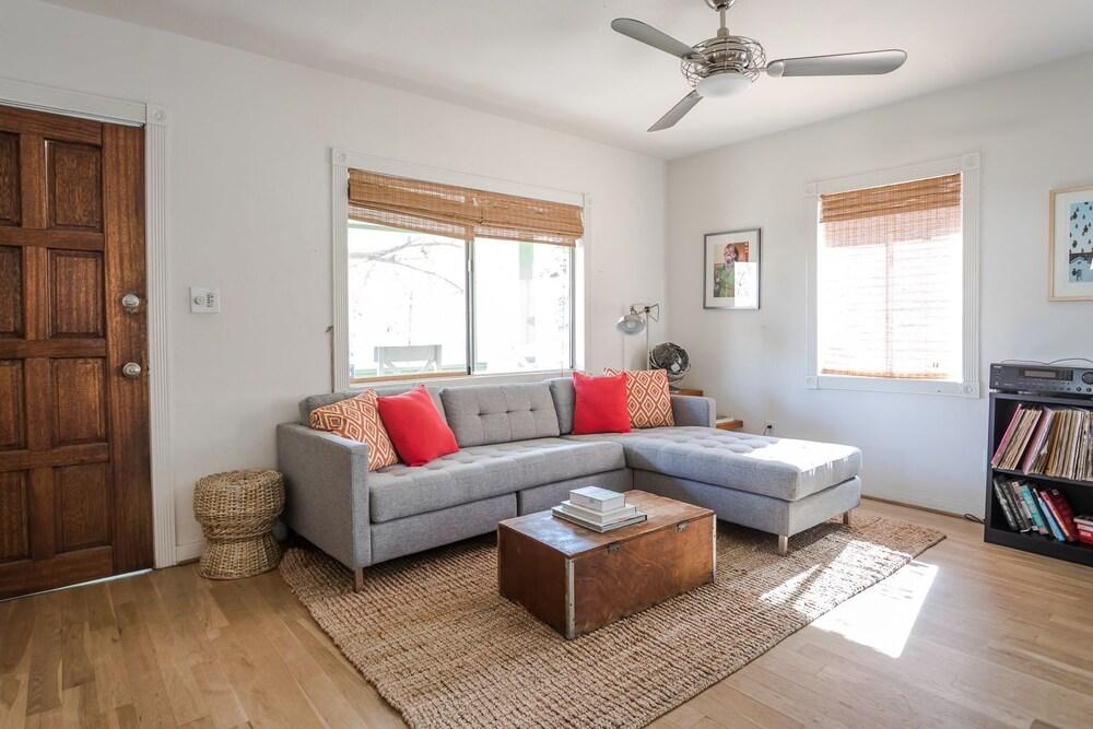 2033 Echo Park Avenue Home 2 Bedrooms 1 Bathroom Home