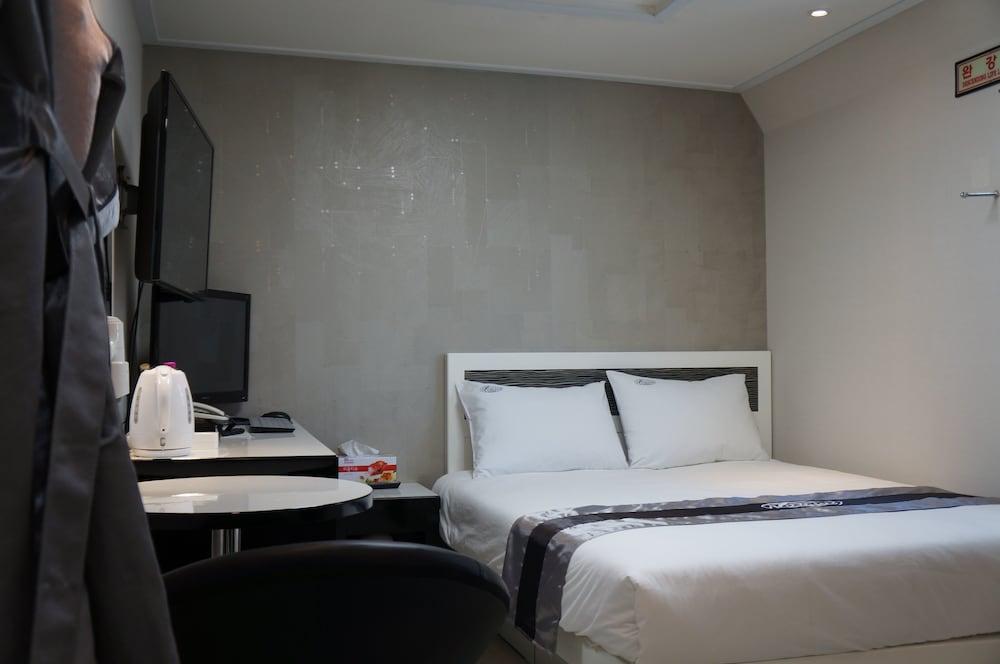 Novaluz Tourist Hotel