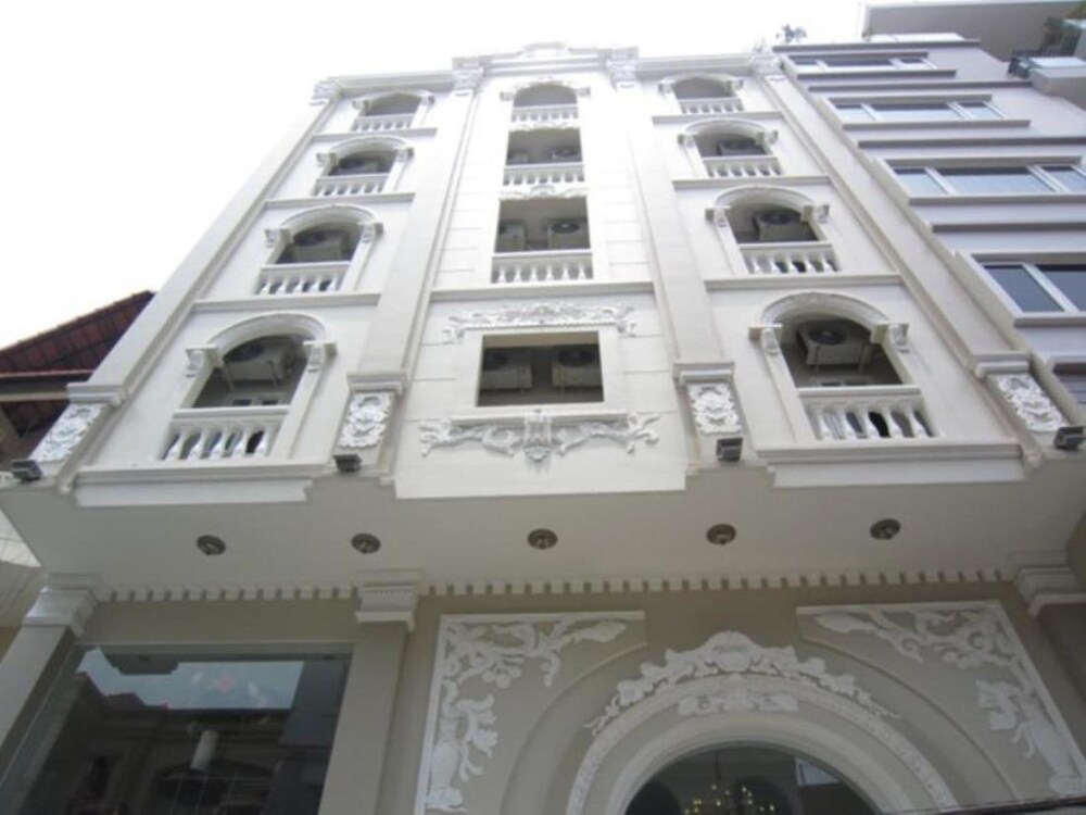 Gallery image of Golden View Hotel