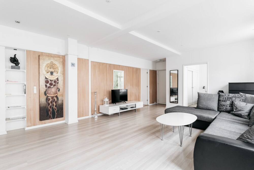 Beautiful Apartment In Nyhavn 120 Sqm